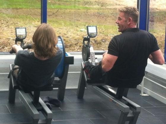 Fitnesstraining mit persönlicher Assistenz